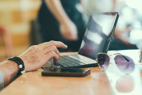 Survey: For Many, Freelancing Pays Better Than Traditional Jobs