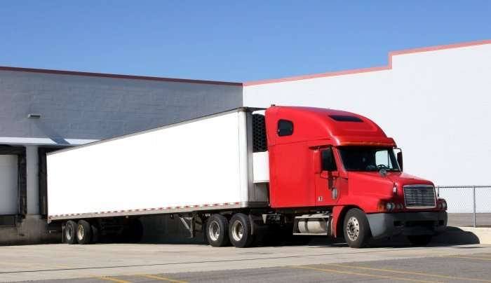 Carrier wins classification suit involving leased owner-operators