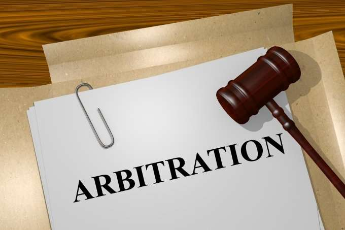 arbitration-with-gavel