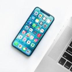 Optimized-rahul-chakraborty-460018-unsplash cell phone