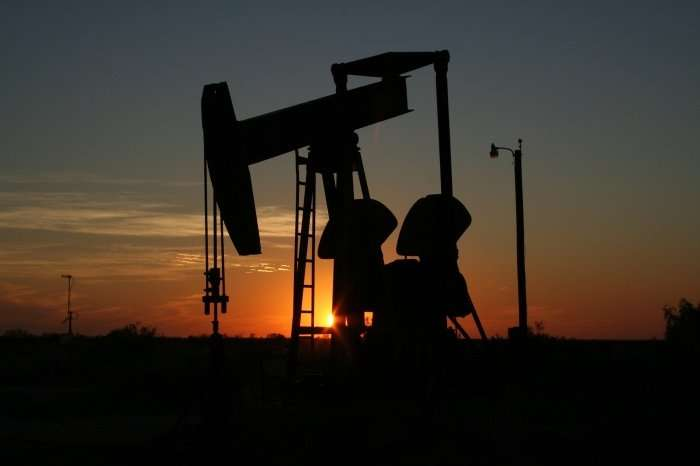 Oil Well and Drill Site Managers Settle Misclassification Claims
