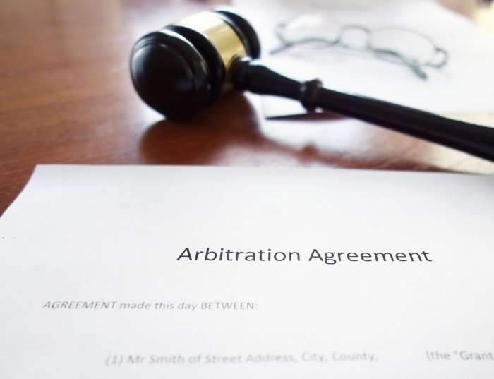 arbitration-agreement-with-gavel-2